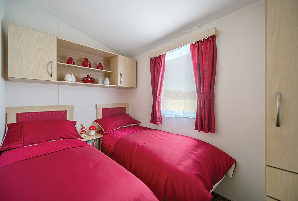 2 Bed Modern House Plan For Sloping Lot: Super Deluxe 2 Bedroom Family Caravan