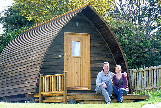 glamping-cabins-wigwam