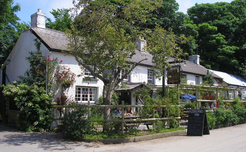 Roseland Inn | Philleigh | Cornwall pubs | Tehidy Holiday Park